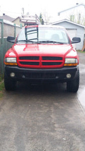 Dodge dakota 1000$ ferme