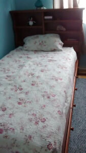 SOLID WOOD TWIN SIZE BED WITH HEADBOARD AND DESK FOR SALE
