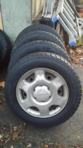 Dunlop Graspic studless Winter Tires with Steel Rims 185/70 r14