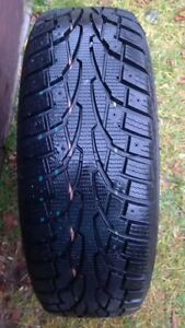 New uniRoyal snow tires  P195 65  R15  Green Valley