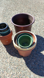 Plant planters, pots, a lot. Different sizes, different colors