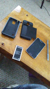 Samsung galzxy s5 the charging port broke but it has two cases