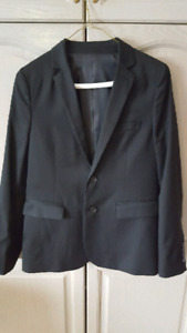 Boys Black Suit, 3 Shirts and one Tie (Size 16)