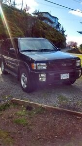 1997 Nissan Pathfinder Q4 SUV, 5 SPEED FULLY LOADED