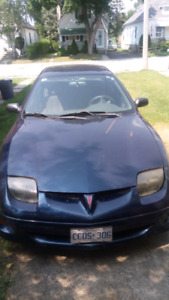 LOW KMS! NEED GONE. 2001 SUNFIRE