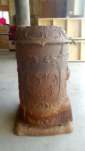1900's Fuller Warren Co. Pot Belly Stove