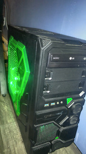 Gaming PC with 1080p 24 inch monitor and speakers