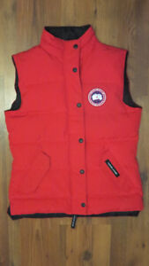 Canada Goose Red Freestyle Down Puffer Vest Size Small