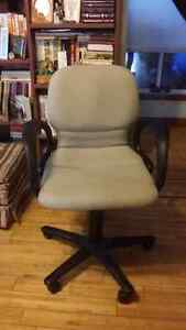 Office chair fod sale