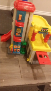 Fisher price Little people gas station
