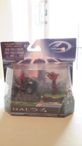 HALO 4 DIECAST VEHICLE SERIES 1 UNSC MONGOOSE 7CM WITH 2 FIGURE
