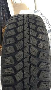 Marshall I'zenwis kw19 winter tires for sale. Gatineau Ottawa / Gatineau Area image 1
