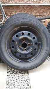 "Saturn 14"" 4x100 steel wheels Uniroyal Ice & Snow 185/65R14 Oakville / Halton Region Toronto (GTA) image 1"