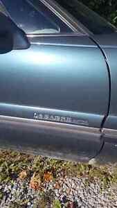 1997 Buick LeSabre runs great 1600 obo Peterborough Peterborough Area image 8