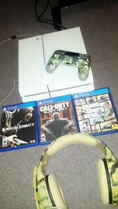 Playstation 4 500GB | 3 Games | 1 Controller | Headset