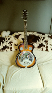 Pyle resonator guitar with many extras