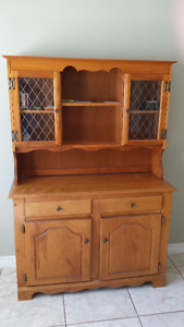 Solid wood Cabinet/Hutch