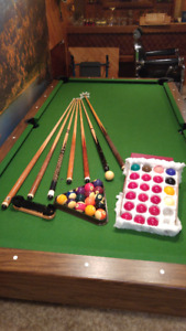 """""""Perfect Family Xmas Present"""" - pool table & ALL accessories"""