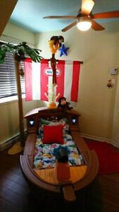 lit pour enfant :  Bateau de pirate !!!