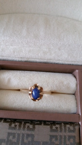 Star sapphire and 10 Kt gold ring
