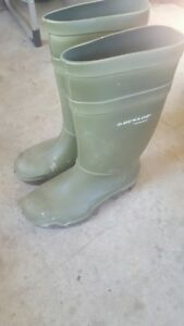 Dunlop Winter Work Boots for sale- Size 14