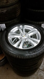 225 65 17 tires on Chevy Equinox GMC Terrain 5x120 rims TPMS