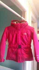 Girls Beautiful The North Face Jacket  size 7/8