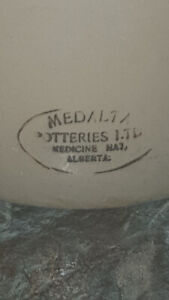 Medalta 3gallon pottery