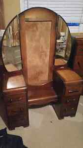 antique 1940 art deco bed room furniture. 4 pieces.