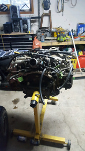 Rs 1998 engine. Ran when pulled out.