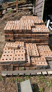 2 skids of clay brick. 2 different sizes. Pics show type