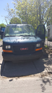 2005 GMC Savana 3500 Fourgonnette