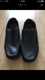 Boys real leather school shoes Size 12 Uk /31