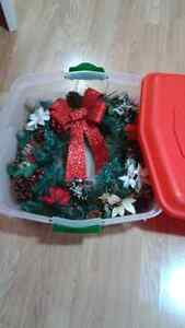 Wreath With Storage