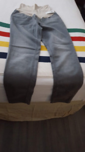 Old Navy Maternity Grey Skinny Stretch Pants - New with Tags