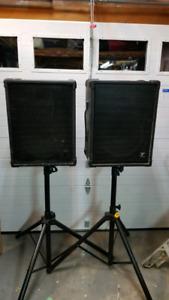 "Yorkville YS-115 passive speaker pair.  200W - 15""/1"""