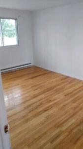 ***Appartement 4.5 à louer à Chambly - MAINTENANT!!!***