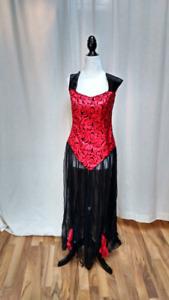 Witch/Vampire Costume. Medium/Large. Like New.
