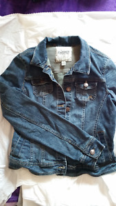 "Ladies ""Garage"" brand Jean Jacket - Size Small"
