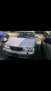 1997 Toyota Avalon XLE Fully Loaded Very Well Maintaned