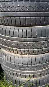 195/60/r15 like new hankook snow tires.