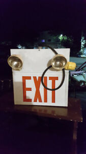 ELECTRICAL EXIT SIGN WITH LIGHTS