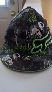 Fox Zombie hat size sm