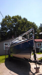 2005 Macgregor Sailboat  in very good condition with Many Extras