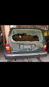 LOOKING FOR VOLVO 240 HATCH AND PARTS