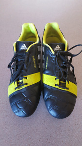 Adidas soccer cleats, men's size 7