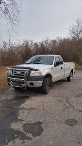 2007 f 150 4.2. Manual. 900 kms to a tank.