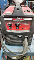 Lincoln 180 mig welder with extras. Lightly used.