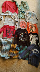 BOYS TOPS SIZE 7/8 - 13 PIECES FOR $20 - PET AND SMOKE FREE HOME