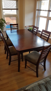 Dining Set (dining table + 6 chairs)